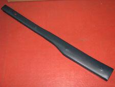 MERCEDES W110 Heckflosse Original Verkleidung Leiste B-Säule rechts dunkelblau
