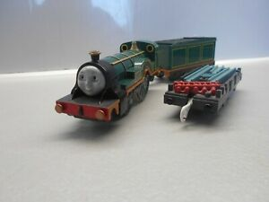 2x sections of flexi track. TOMY TRACKMASTER Thomas /& friends blue train track