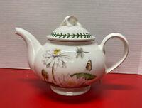 Portmeirion Botanic Garden Teapot / Tea Pot - White Waterlily