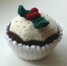 KNIT CUPCAKES - KNITTING PATTERN for Christmas cupcake!