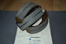 Vauxhall Cavalier Astra Brake shoes and lining set New genuine 91158365