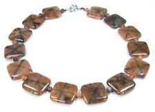 Wunderschöne Halskette aus Edelsteine Chiastolith/ Kreuzstein Quardrat-Form
