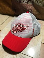 Detroit Red Wings NHL Reebok Red/White Mesh Center Ice Hat Cap Fit One Sz EUC!