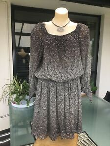 BNWT  Beautiful Dress By WITCHERY size 16 with shirred detail