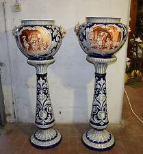Coppia colonne con portavasi maiolica bianca blu grigia Faenza (?) inizio XX