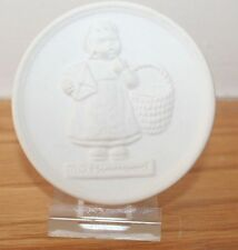 1980 M I Hummel Annual Festival Eaton Ohio Medallion Ornament Paperweight June
