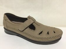 SAS ROAMERS DARK BEIGE TAUPE SLIP ON LOAFERS FLATS SHOES WOMENS 8.5 S SLIM NARRO