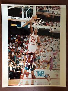 1990's Michael Jordan CHICAGO BULLS 11 x 14 - Type 1 Photo!
