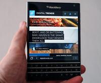 "BLACKBERRY PASSPORT Q30 Black 3gb Ram 32gb Rom 4.5"" Screen Unlocked Smartphone"