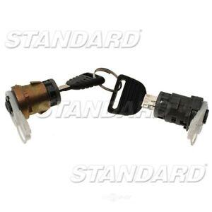 Door Lock Cylinder Set  Standard Motor Products  DL31