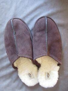 UGG Mens Brown Mule Slip On Slippers Size 11 mec