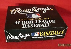 Lot of (12) Rawlings Official Major League Baseballs, SEALED, 6 A.L., 6 N.L.
