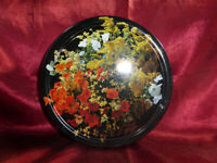 Vintage ROUND TIN 1990s Black with wild flowers - Imported - Food Advertising