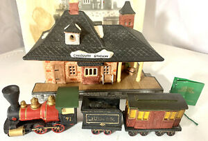 Vintage Dept 56 Dickens Village Chadbury Station with Train With Box And Tag