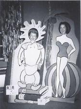 1950s SNAPSHOT PHOTO COLLEGE SORORITY GIRLS IN CARNIVAL NOVELTY PORTRAIT GAG