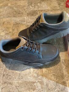 Crocs Men's size 13 Swiftwater Hiker Espresso/Walnut Color Water-Friendly