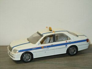 Toyota Crown Taxi - J-Collection 1:43 *50598