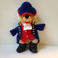 Philadelphia Colonial Founders Winnie The Pooh 8in Plush Mini Disney Store USA