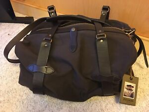 FILSON Duffle Bag, 70325 325 - Medium - Chocolate Brown - NWT