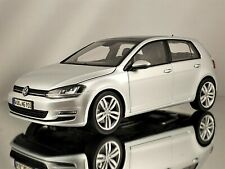 Norev Volkswagen VW Golf VII 2013 Reflex Silver Diecast Model Car 1:18