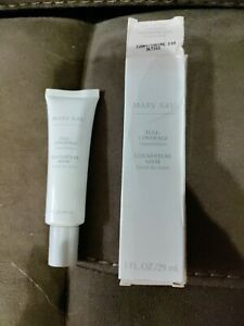 Mary Kay Full Coverage Foundation For Normal to Dry Skin - Ivory 200