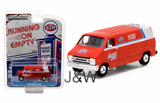 Greenlight Dodge B100 1976 STP 41030 C 1/64