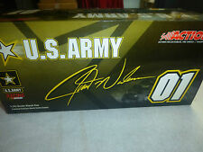 US ARMY-JERRY NADEAU- ACTION NASCAR 1/24 DIE CAST MODEL