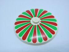 LEGO 3060p01 @@ Dish 4 x 4 Stripes Red/Green Petals Pattern 1854 3834 6350 10036
