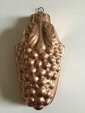 VINTAGE COPPER COLORED FOOD MOLD BUNCH OF GRAPES