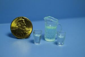 Dollhouse Miniature Clear Water Pitcher Filled with 2 Glasses HR53919