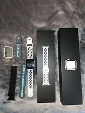 Apple Watch Series 4 Nike+ 44 mm Silver Aluminum Case with Pure GPS