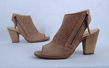 Paul Green 'Willow' Sandal- Natural- Size 10.5 US/ 8 UK  $375  (B40)