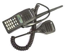 Genuine Motorola GP380 VHF 136-174MHz Handheld Walkie-Talkie Radio & Speaker Mic