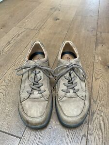 ECCO light Brown Leather Suede Size 11 UK Lace Up Shock Point Comfort Shoes