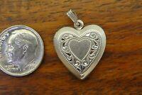 Vintage silver BEAUCRAFT HEART FILIGREE LOCKET PHOTO HOLDER MOVABLE charm BEAU