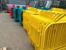 Crowd control barriers powder coated temporary fencing