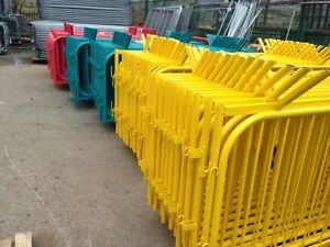 Crowd control barriers powder coated temporary site fencing