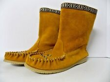 Martins Women's Soft Chamois Suede Boot Style Size 9 10396 Made Canada NWOB