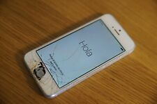 Apple iPhone 4s - 16GB - White (Unlocked) Cracked screen - no home button