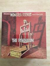 Moebius Monster Scenes THE PENDULUM plastic snap model kit Sealed # 636 BNIB