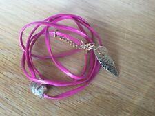 bracelet Les Filles du sud multi rangs cuir rose skull plume dorés