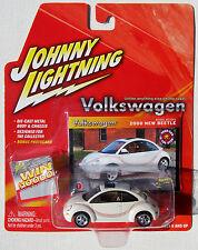 JOHNNY LIGHTNING VOLKSWAGEN 2000 NEW BEETLE BASEBALL DESIGN #1
