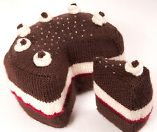 KNITTING PATTERN for Knitted Cake with slices cut out, and the slice!