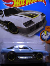 Hot Wheels Camaro Z28    Blue   MOMC