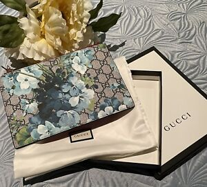 Authentic Gucci Blooms Zip Pouch/ Bag Blue New With Box