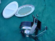 SEA RAY  BOAT HORN  & FLUSH MOUNT STAINLESS  COVER MARINE 12 VOLT 1225549 NEW