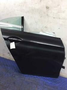 2013 - 2019 BMW 650I F06 RIGHT REAR DOOR SHELL W/ SOFT CLOSE BLACK *SCRATCHED*
