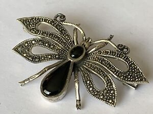 Vintage Solid silver Onyx Stone Set Marcasite Butterfly Brooch Ladies Jewellery