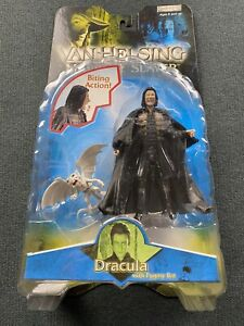 JAKKS Pacific Van Helsing Monster Slayer Dracula w/ Pygmy Bat Figure 2004