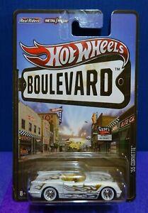 2013 Hot Wheels BOULEVARD '55 CORVETTE in WHITE/GOLD TRIM. Real Riders. RARE.